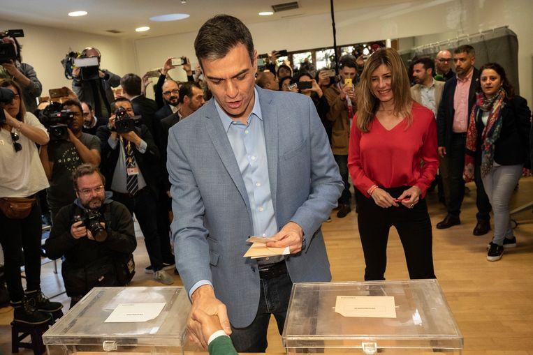 De Spaanse premier Pedro Sánchez ging vanmorgen al stemmen.