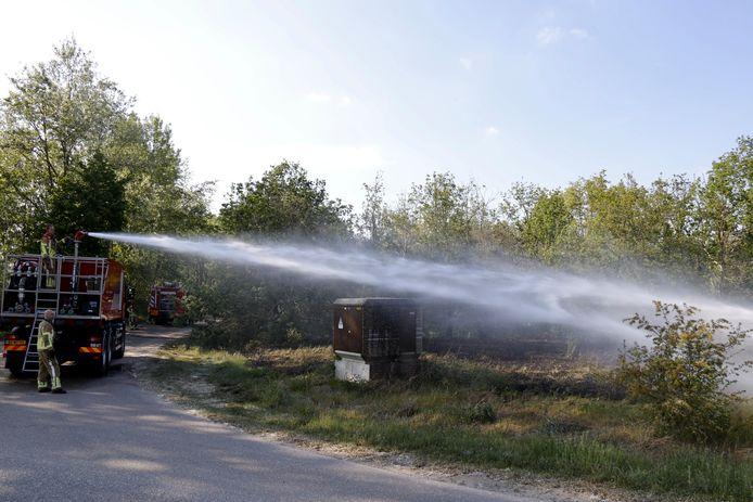 De brandweer kon de natuurbrand bij Gennep blussen.