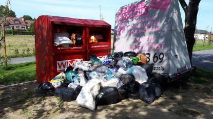 ILvA gaat wildgroei textielcontainers halt toeroepen om sluikstorten tegen te gaan