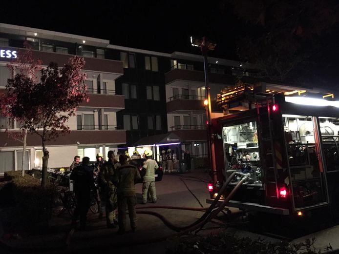 Brand bij hotel Kamperduinen in Kamperland. Overal in en om hotel ruikt het nog naar rook.