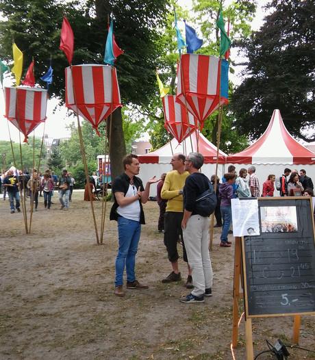 Jongleurs, travestieten en cabaretiers bij Valkhof Theater Avenue