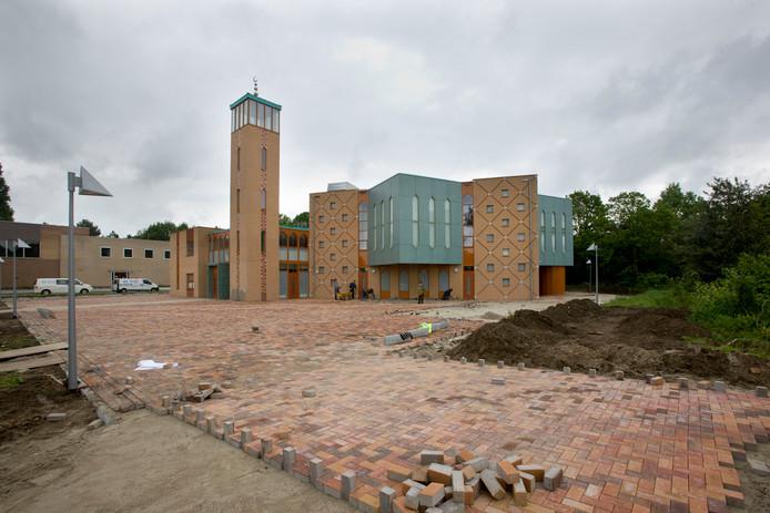 De moskee in Ede bij de bouw in 2009.
