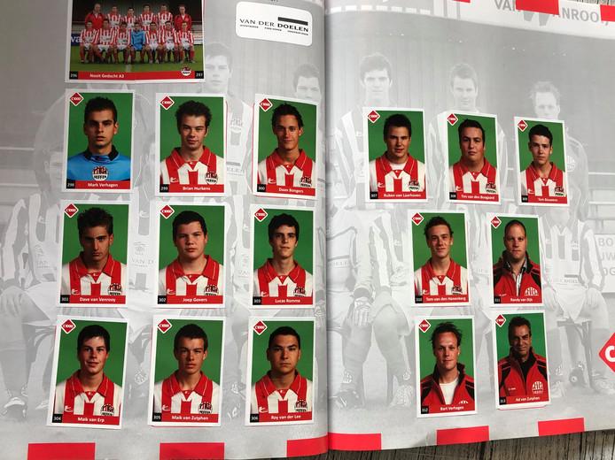 Het voetbalplaatjesboek van Nooit Gedacht ter gelegenheid van het 90-jarig bestaan.
