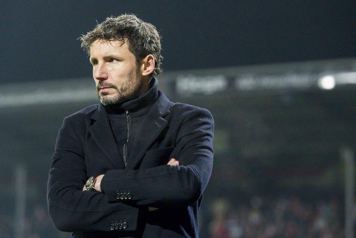 PSV-trainer Mark van Bommel zag dat zijn ploeg afgelopen zondag  in Emmen een goede eerste helft speelde.