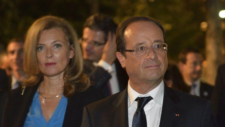 François Hollande (rechts) en Valerie Trierweiler. Beeld ANP