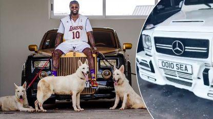 Z'n vaderland Togo wil hij niet helpen in strijd tegen corona, maar ondertussen pronkt 'Team Adebayor' wel met enorme collectie luxewagens van spits