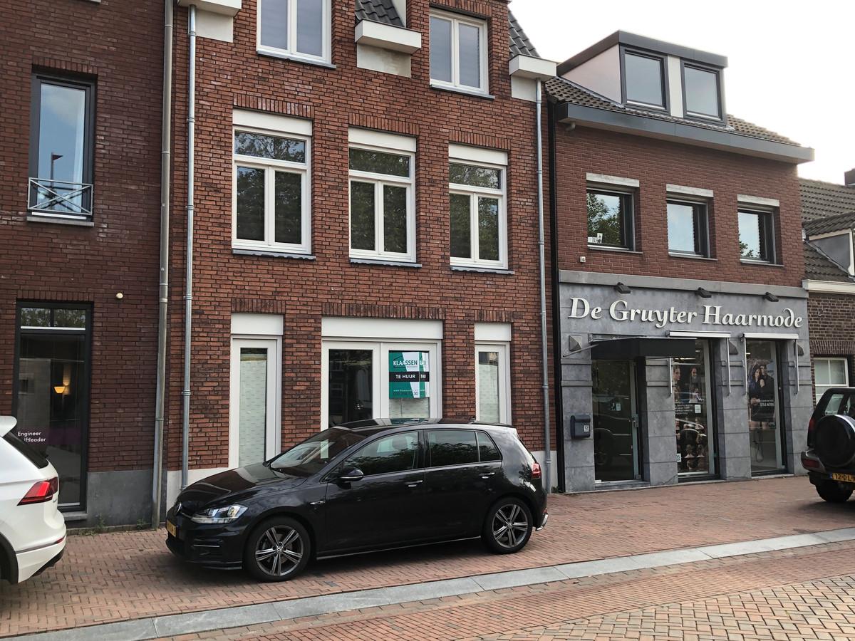 Een groot stuk is al opgeknapt, zoals de pand Heilig Hartplein 13 en 14 en de naastgelegen kapsalon.