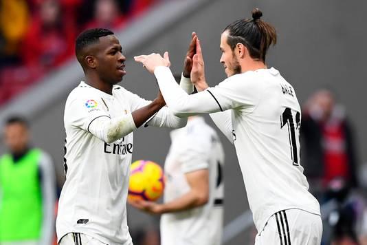 Gareth Bale vervangt Vínicius Júnior en scoort even later de 1-3 tegen Atlético Madrid.