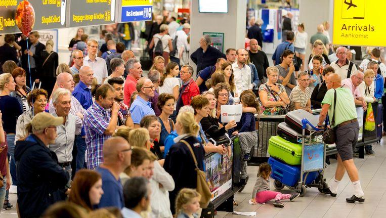 Op 12 augustus werden 220.000 passagiers verwerkt, ook een record Beeld anp