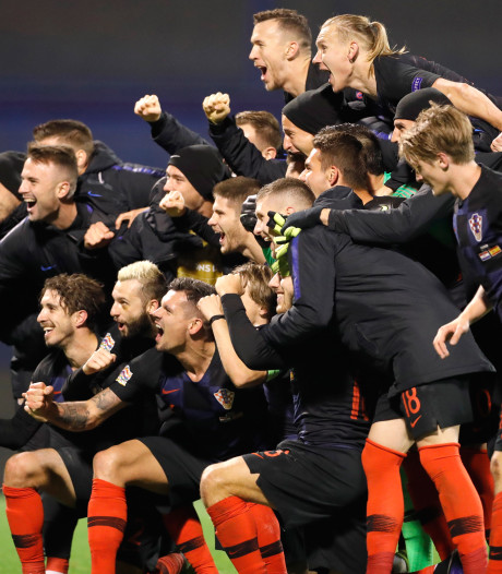 Kroatië in blessuretijd langs Spanje