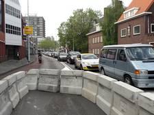 Verkeer op de Stratumsedijk en Hertogstraat in Eindhoven loopt vast