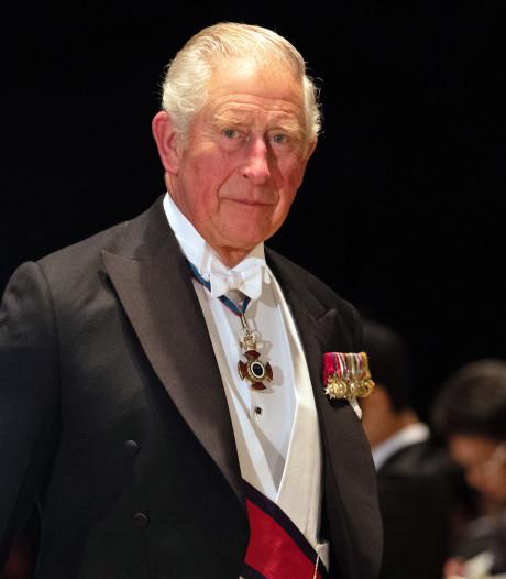Prins Charles weer uit thuisisolatie na coronabesmetting