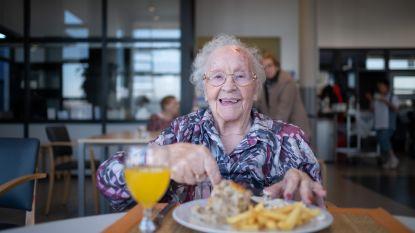 Alice wordt 101 en kiest lievelingsmenu