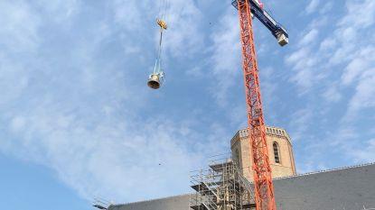 Nieuwe klokken vliegen naar Sint-Niklaaskerk