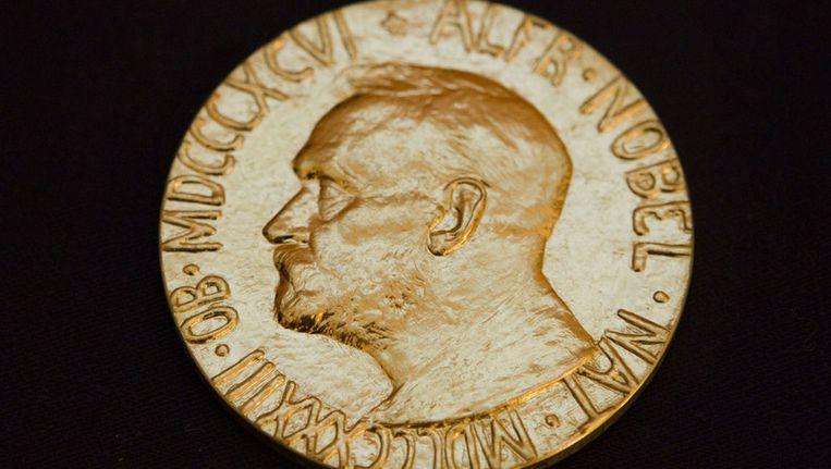 De voorkant van de medaille die jaarlijks wordt uitgereikt aan de winnaar van de Nobelprijs voor de Vrede. Beeld epa