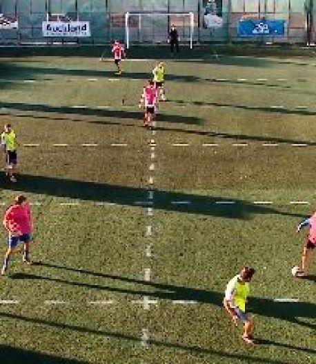 Comment jouer au football en respectant la distanciation sociale