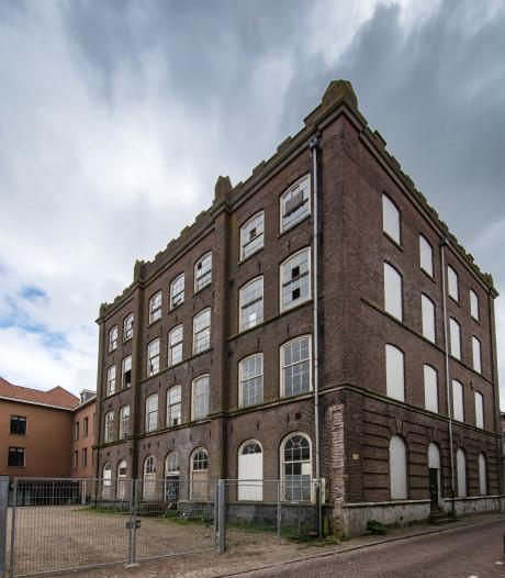 Monumentale school in Kampen zo lek als een mandje