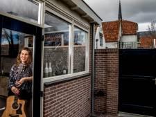 Singer-songwriter Faure Verbrugge schrijft als een malle liedjes door lege agenda
