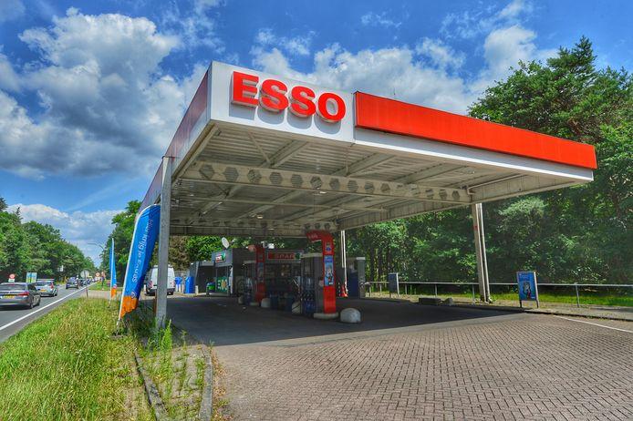 Inbrekers maken gat in buitenmuur om tabak te stelen uit tankstation in Valkenswaard