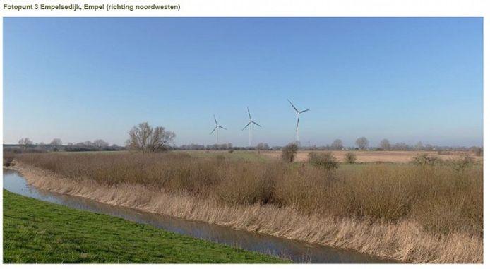De wijkraad heeft zelf in beeld gebracht hoe het zicht op de windmolens wordt vanaf de Empelsedijk