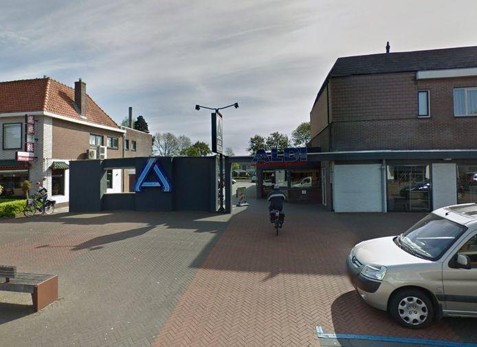 De Aldi in de Julianastraat in Dedemsvaart voert al jaren strijd met de gemeente Hardenberg over een verhuizing naar het Mercatorterrein.