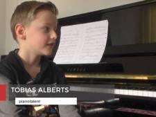Pianovirtuoos Tobias Alberts (7) uit Enschede derde bij De Muziekwedstrijd