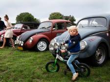 Oldtimers showen in Opheusden, maar wel zonder publiek: 'De liefhebbers zijn er wel weer aan toe'