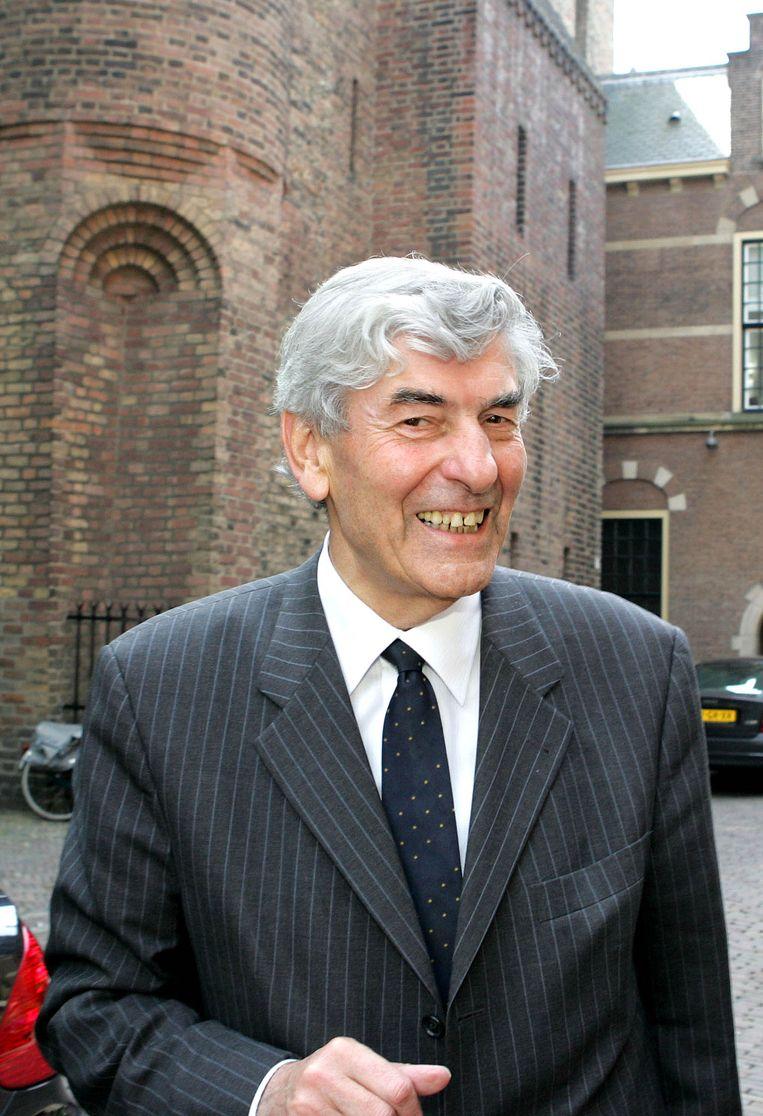 Lubbers in 2004 op het Binnenhof, lang na de ingreep in zijn gebit.  Beeld null