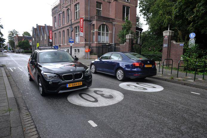 Maatregelen als wegmarkeringen halen volgens Van Lonkhuijsen onvoldoende uit.
