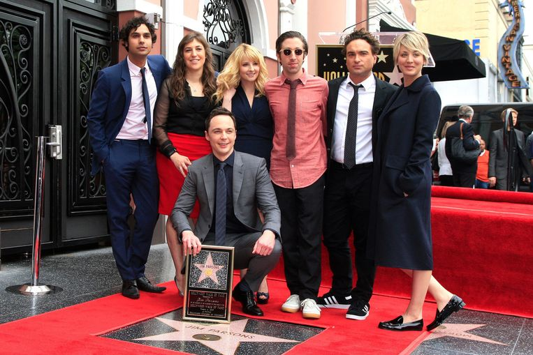 De cast met hun ster op de Walk Of Fame in Hollywood.
