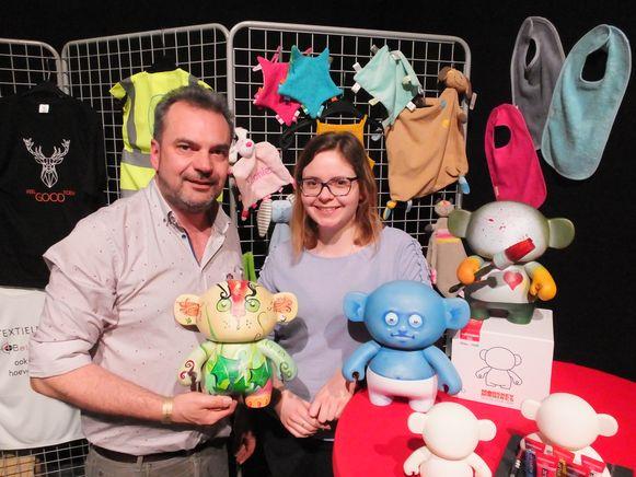 Bij Hans en Freya Lippens van BelCoPrint kon iedereen de artiest in zichzelf loslaten op deze Monskey-poppen.