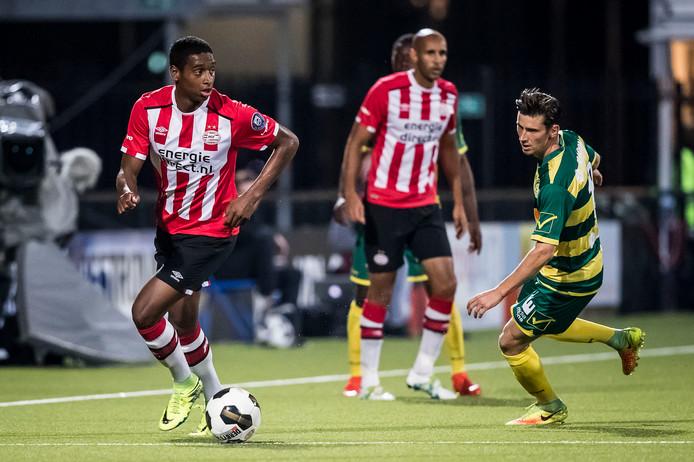 Pablo Rosario is dit seizoen sterkhouder bij Jong PSV.