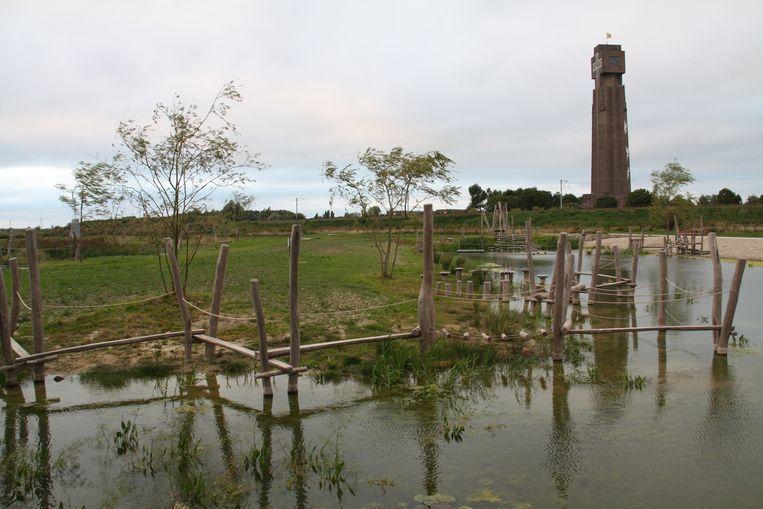 120 jeugdkampeerplaatsen op het provinciaal domein IJzerboomgaard in Diksmuide.