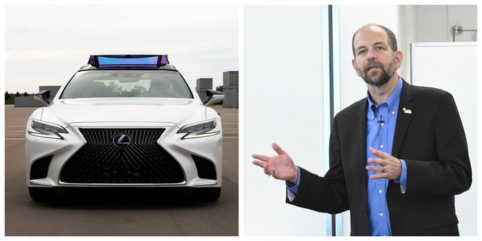 Dr. Gill Pratt, de CEO van het Toyota Research Institute, en een zelfrijdende Lexus LS