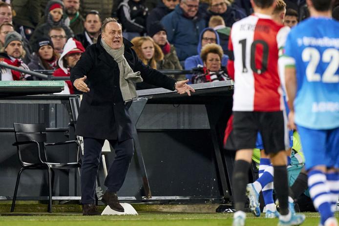 Dick Advocaat is blij dat Feyenoord de 1-0 tegen PEC Zwolle over de streep wist te trekken.