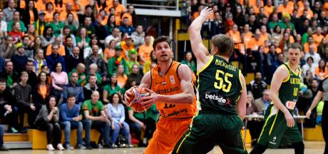 Met Oranje mag Heroes-basketballer Van der Mars wél spelen: 'Kunnen al goede stap zetten richting EK'