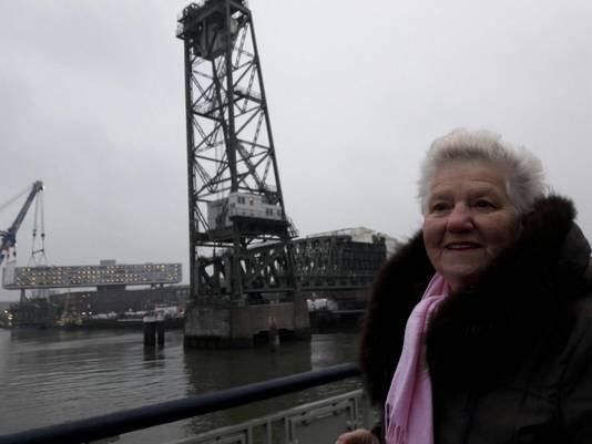 Miep Neef (76) is blij dat De Hef weer sprankelt.