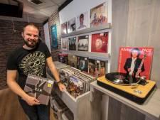 Nieuwe platenzaak in Aarle-Rixtel: 'Met vinyl heb je echt iets in handen'
