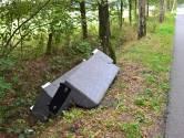 Compleet bankstel gedumpt in buitengebied Enschede