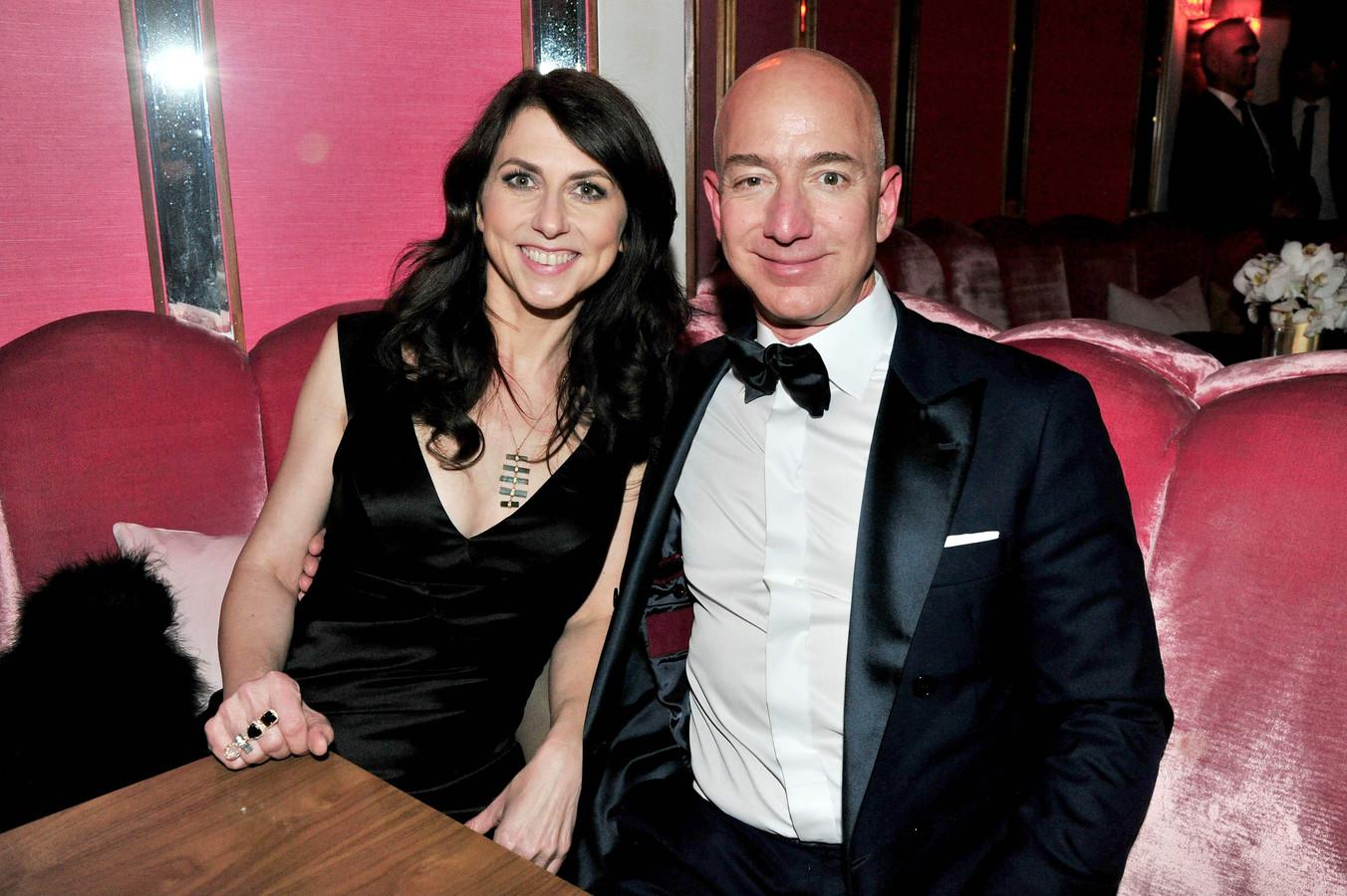 Jeff et MacKenzie Bezos.