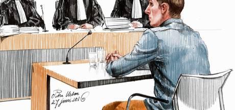 'Ruim 30 tips over onschuld Mark de J.'