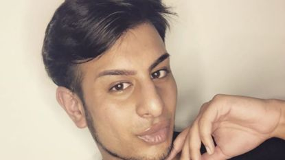 Help, ik heb 'selfitis': twintiger die meer dan 200 selfies per dag neemt, getuigt over zijn lijdensweg