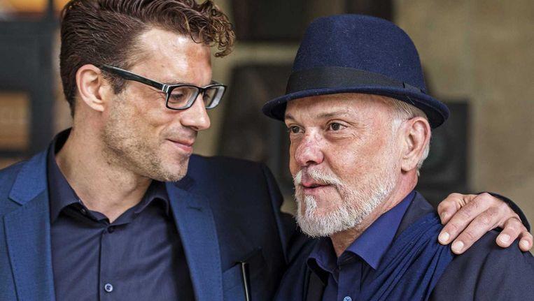Martien Hunnik (rechts) met zijn partner. Het Openbaar Ministerie vraagt vrijspraak voor Hunnik, die in 1984 werd veroordeeld voor de geruchtmakende moord op platenproducer Bart van der Laar in 1981. Beeld ANP