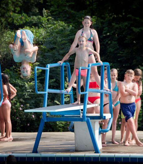 Zwembaden open, maar Geertruidenberg betaalt abonnement terug