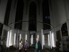 Gedenkteken Market Garden als kunstinstallatie op Nijmeegse Kunstnacht
