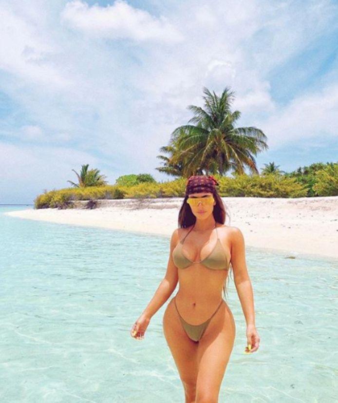 Kim Kardashian s'est envolée sur une île paradisiaque pour fêter ses 40 ans entourée de tous ses proches.