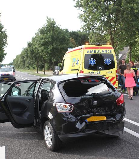 Twee gewonden bij botsing tussen Gilze en Alphen