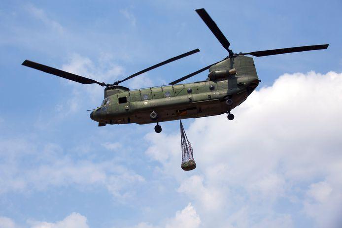De Chinook transporthelikopters van vliegbasis Gilze-Rijen ogen spectaculair, maar zorgen ook voor veel overlast.