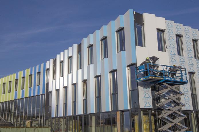 Wijnen Bouw aan de slag met nieuwbouw voor het Frits Philips Lyceum in Eindhoven.