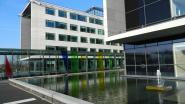 AZ Alma en huisartsenpost bouwen zorgmeldpunt voor Meetjeslandse coronapatiënten op parking ziekenhuis